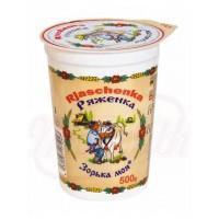 "Rjazenka ""Zorka Moja"" 3.5% Yoghurt met karamel siroop ""Rjaschenka"" 3.5% vet"